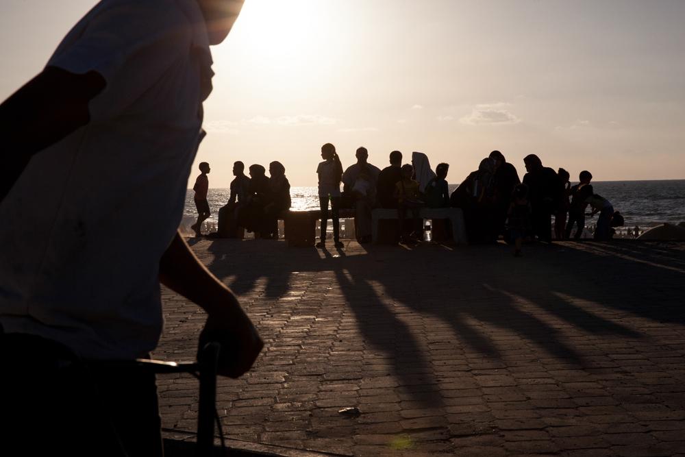 Gaza_City_Corniche-Grey_Hutton_19.jpg