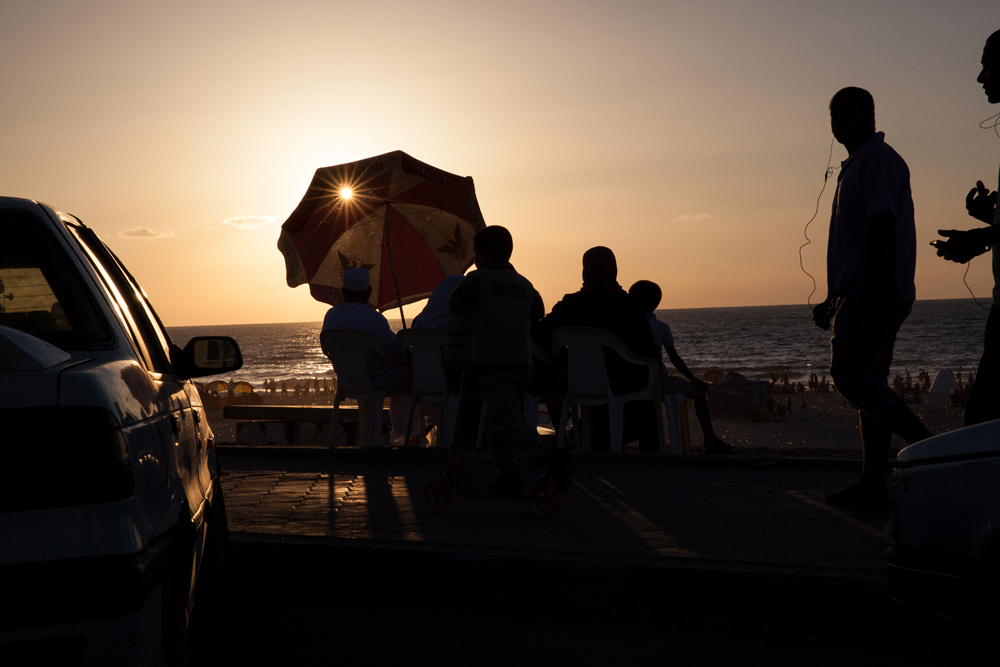 Gaza_City_Corniche-Grey_Hutton_22.jpg