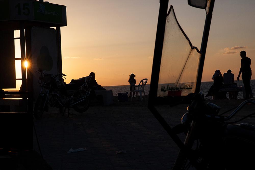 Gaza_City_Corniche-Grey_Hutton_24.jpg