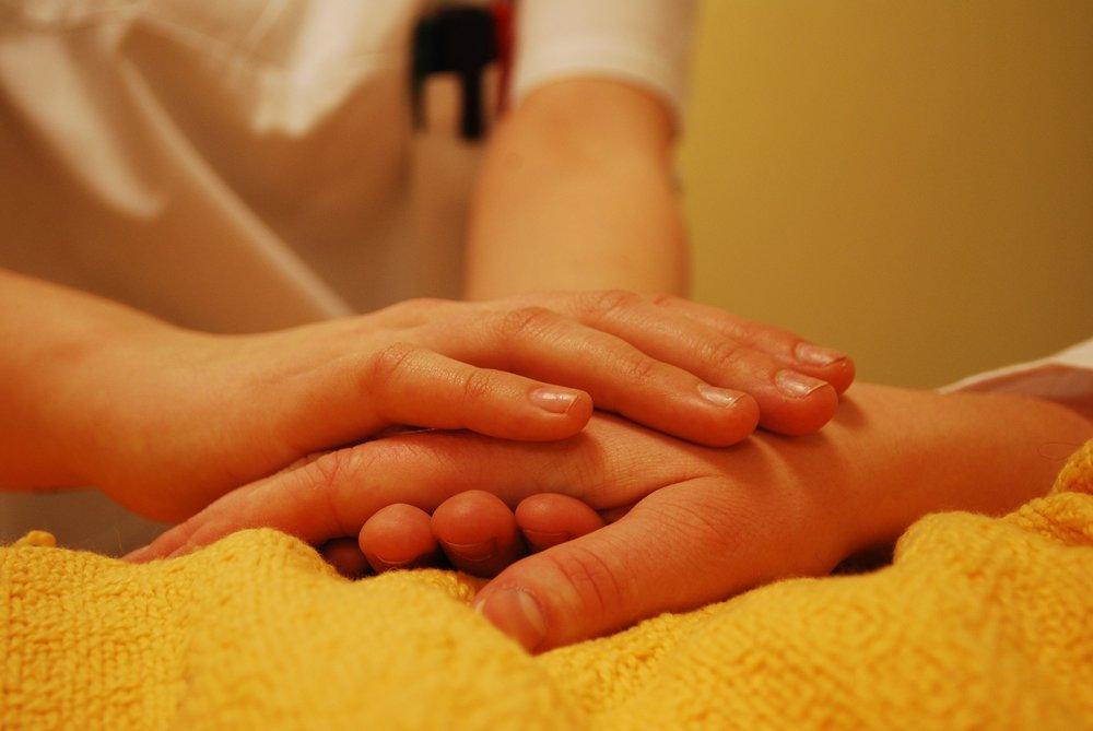 hands-736244_1920.jpg