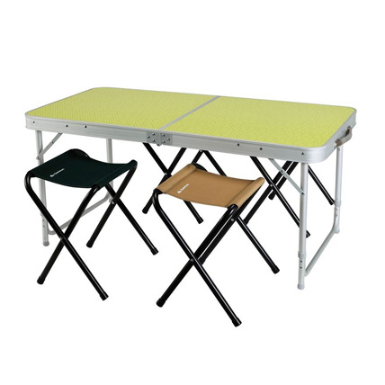 Camping table with stools - 15€/Day