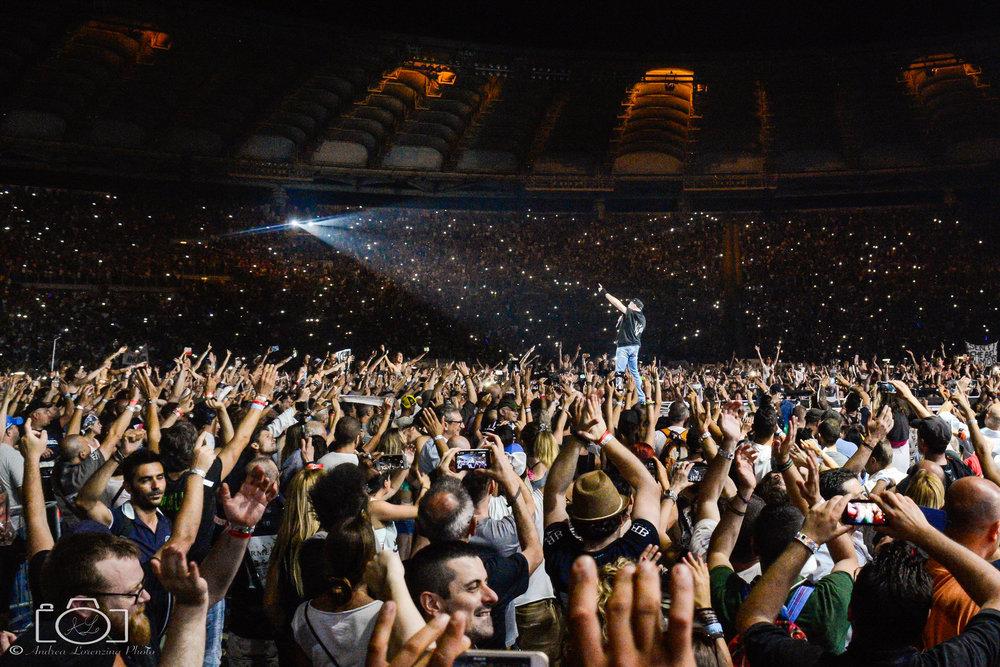 7-vasco-rossi-blasco-livekom-livekom016-live-spettacolo-rock-musica-concerto-concert-music.jpg