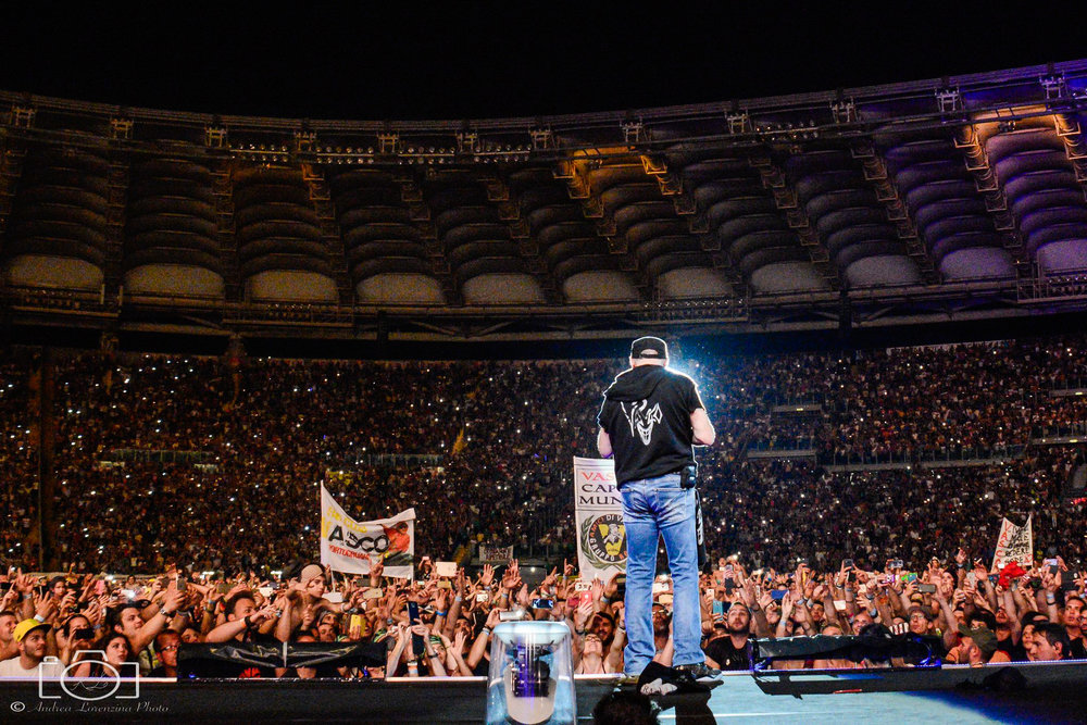 10-vasco-rossi-blasco-livekom-livekom016-live-spettacolo-rock-musica-concerto-concert-music.jpg