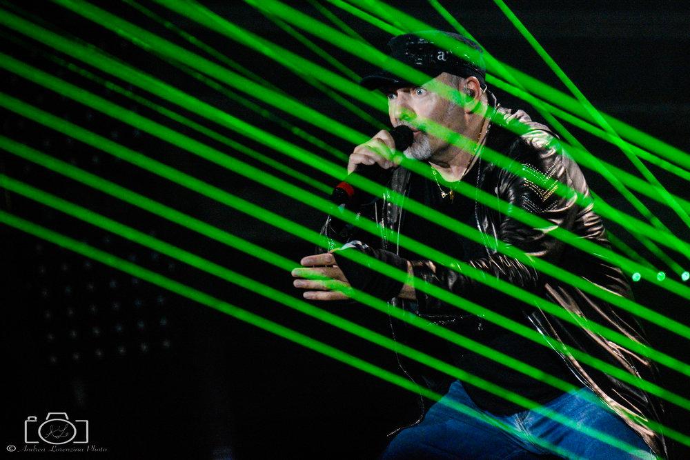 26-vasco-rossi-blasco-livekom-livekom016-live-spettacolo-rock-musica-concerto-concert-music.jpg