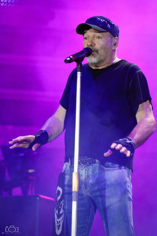 51-vasco-rossi-blasco-livekom-livekom016-live-spettacolo-rock-musica-concerto-concert-music.jpg