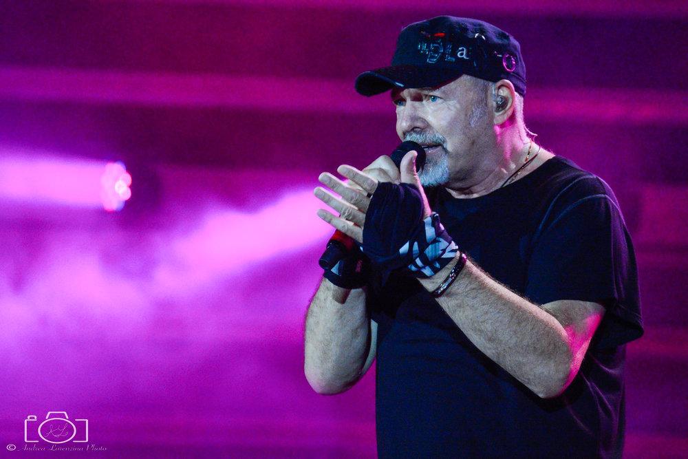 55-vasco-rossi-blasco-livekom-livekom016-live-spettacolo-rock-musica-concerto-concert-music.jpg