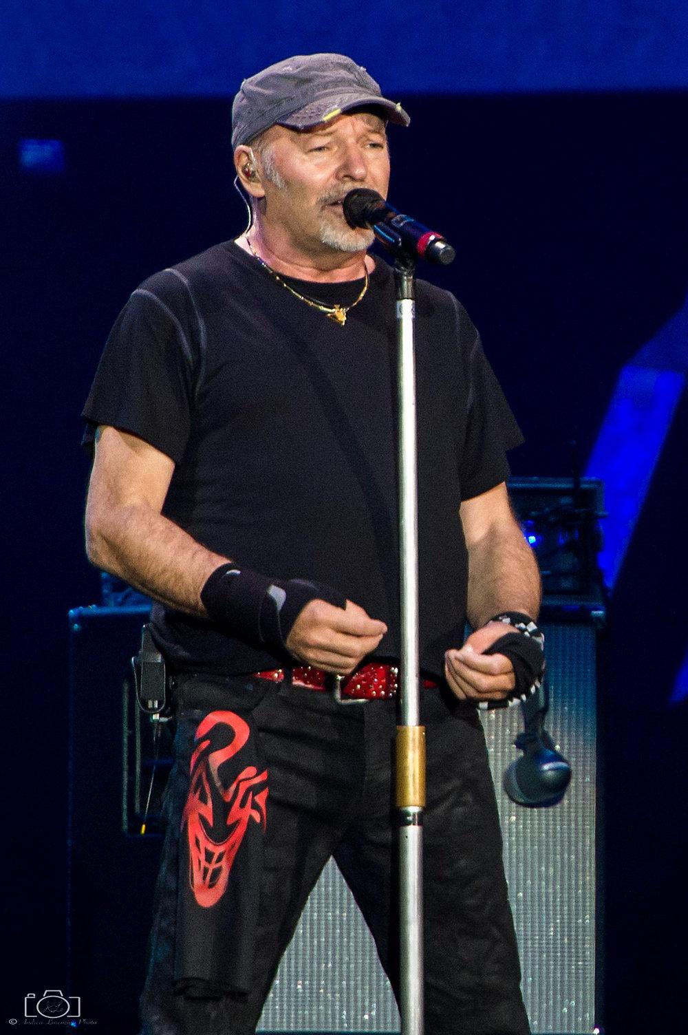 6-vasco-rossi-blasco-livekom-livekom015-live-spettacolo-rock-musica-concerto-concert-music.jpg