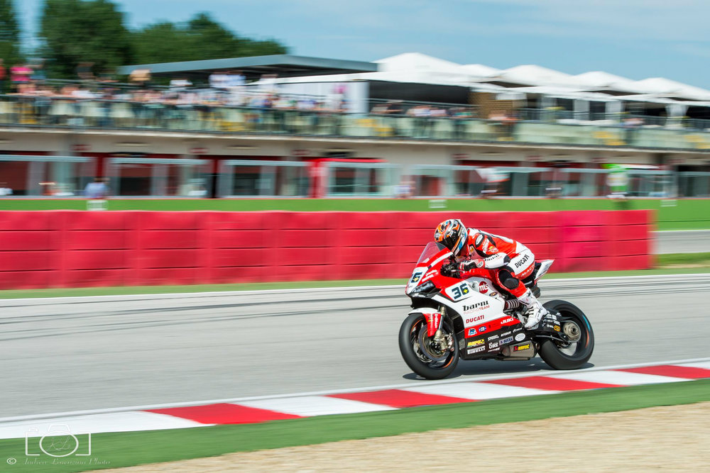 15-superbike-sbk-moto-bike-imola-race.jpg