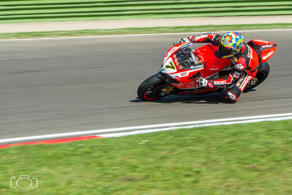 18-superbike-sbk-moto-bike-imola-race.jpg