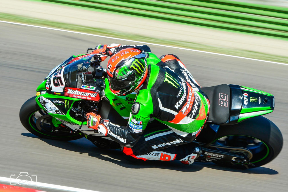 20-superbike-sbk-moto-bike-imola-race.jpg