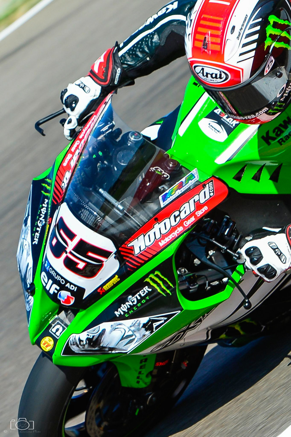 21-superbike-sbk-moto-bike-imola-race.jpg