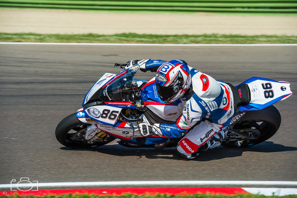 23-superbike-sbk-moto-bike-imola-race.jpg