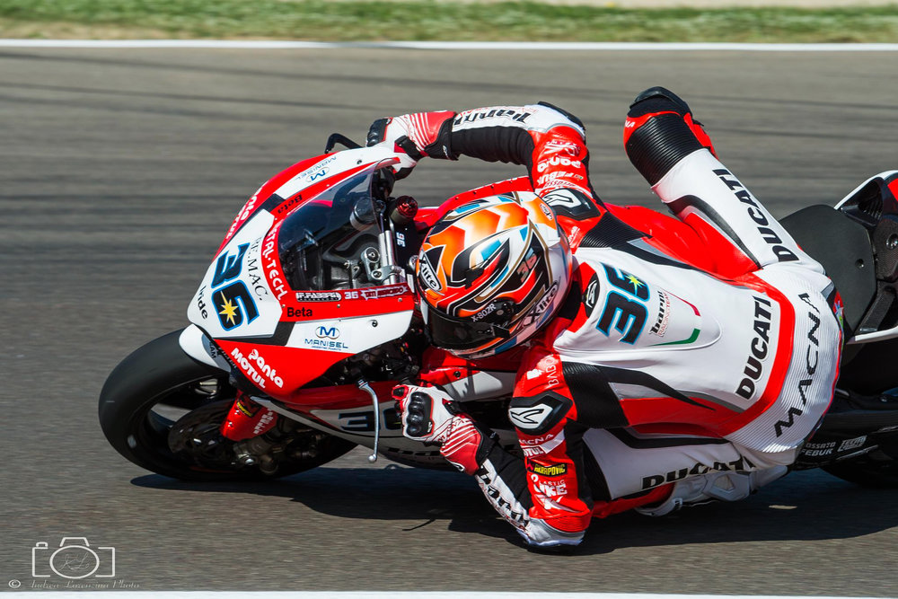 25-superbike-sbk-moto-bike-imola-race.jpg