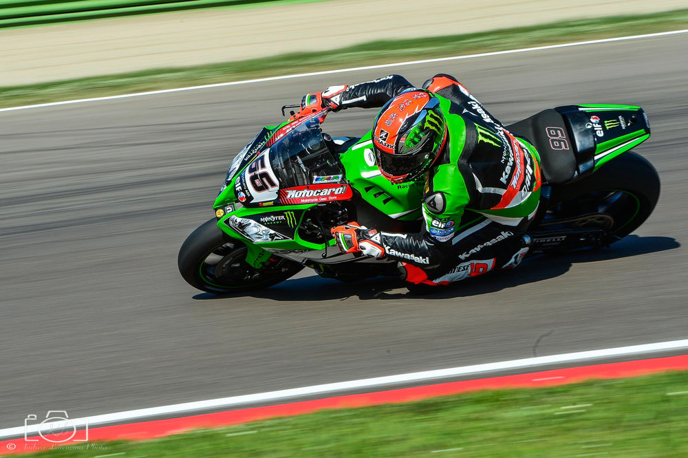 28-superbike-sbk-moto-bike-imola-race.jpg