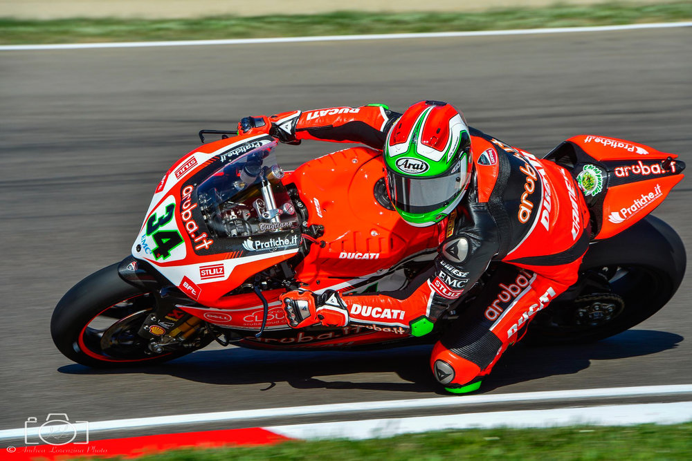 30-superbike-sbk-moto-bike-imola-race.jpg