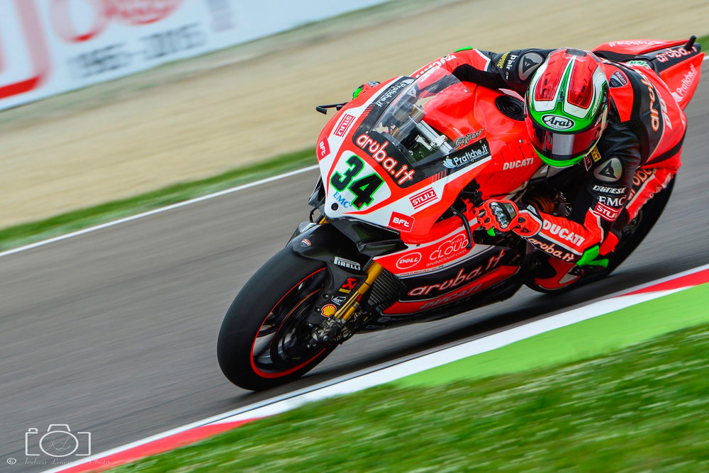 35-superbike-sbk-moto-bike-imola-race.jpg