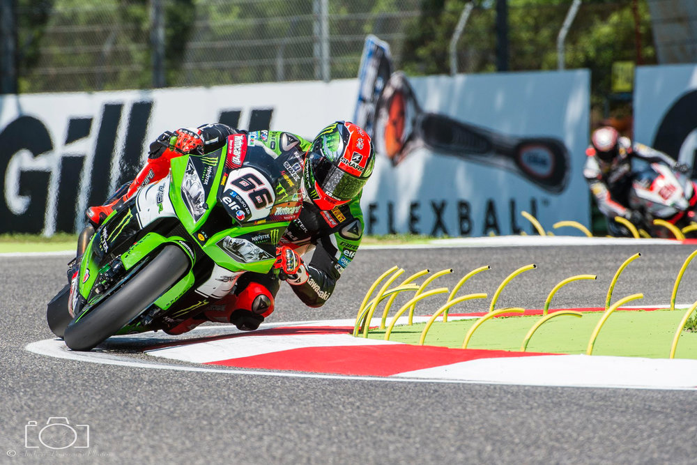 40-superbike-sbk-moto-bike-imola-race.jpg