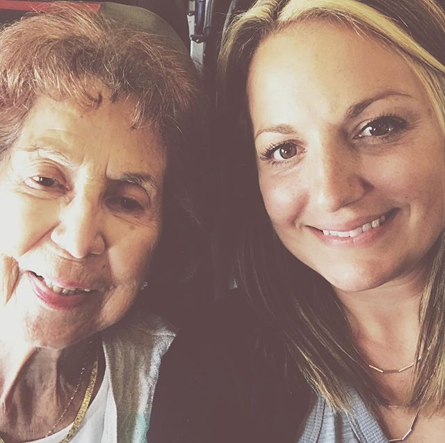 When I was little she flew me from Florida to Texas to make sure I got there, now I fly her... 💗 #fightingalzheimers #loveisnotamemory #sanantoniobound