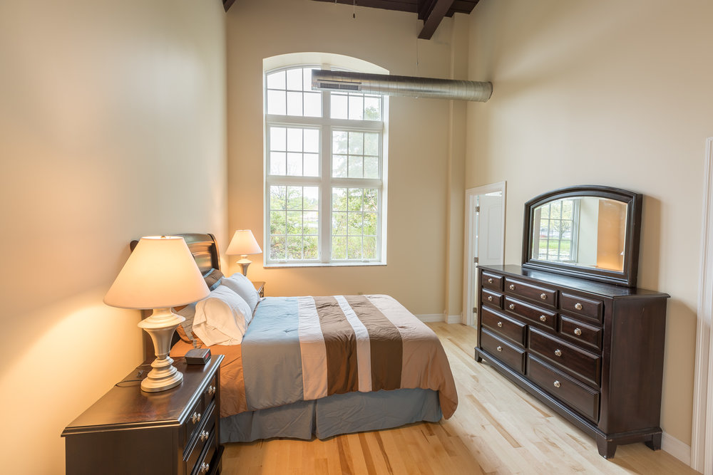 Apartment 111-5.jpg