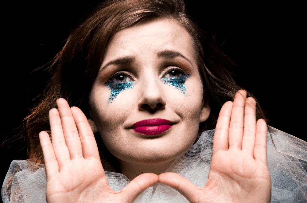 HiRes-Hero-Misery-Loves-Cabaret-1200x792-1199x792.png