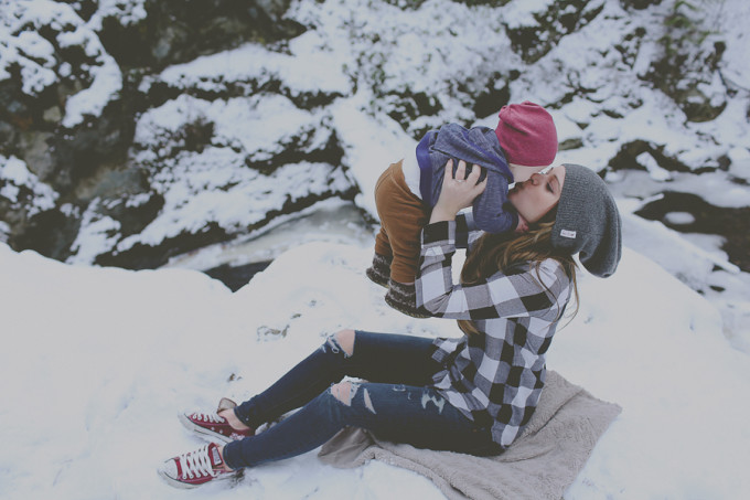 trinacaryphotography, baby, boy, lifestyle, christmas, snow, mom, love, portrait, kelowna,