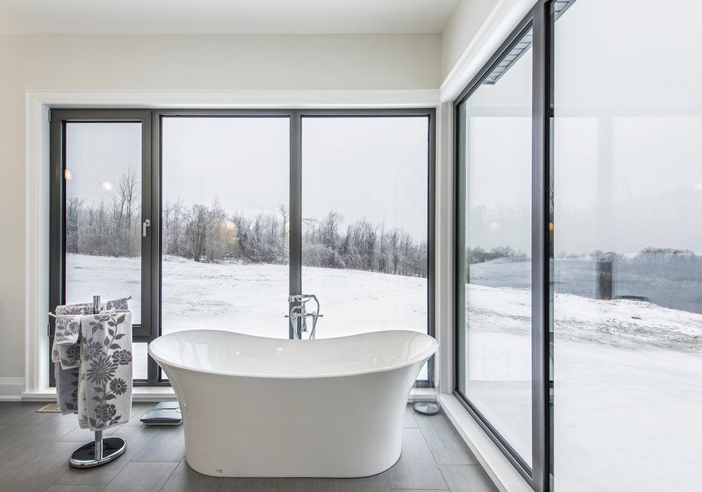 6th master bath 2.jpg