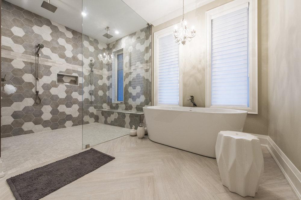 hoover master bath 2.jpg
