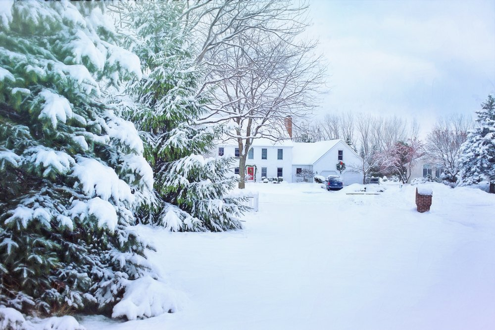 christmas-christmas-house-cold-259583.jpg