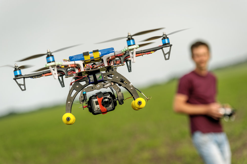 RACING DRONE ENGINEERING (RDE) - Grades: 8-12 | Duration: 32 hrs. | Tuition: $920/student** Discounts may apply for classes larger than 10 studentsGrooming future design engineers