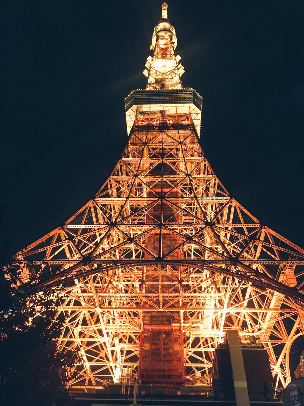 Tokyo Tower - Fashion & Lifestyle Spots in Tokyo, Japan - DROP