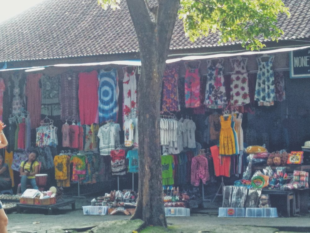 Blog - Shopping -  Bali - DROP