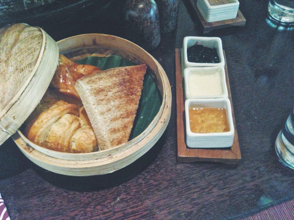 Blog - Bali - Villa food - DROP