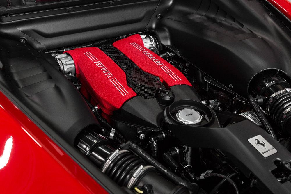 Ferrari-8.jpg