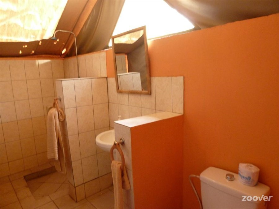 Private-bathrooms.jpg