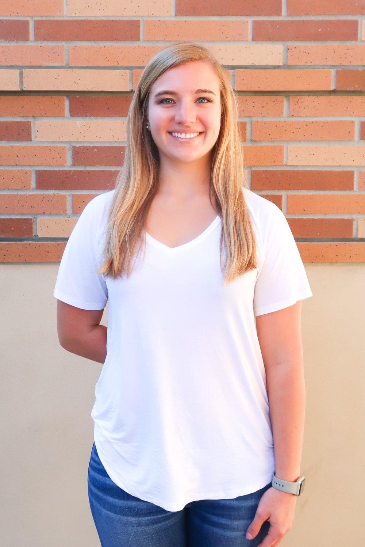 Lauren Descher   Director of DG Dialogues