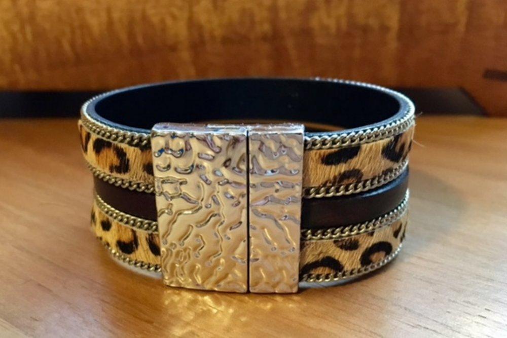 Leopard print triple strand.jpg