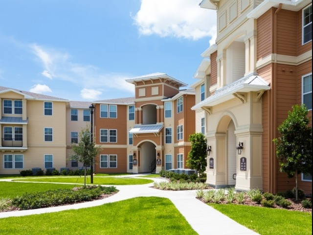 Landstar Park Apartments    Orlando, Florida Multi-Family   Learn More