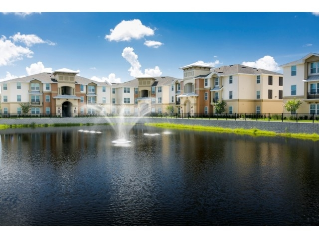 Osceola Point Apartments    Kissimmee, Florida    Multi-Family     Learn More