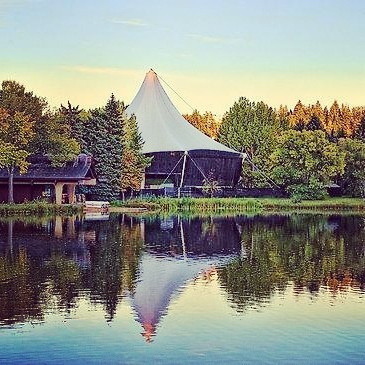 Number 8: William Hawrelak Park  Enjoy your two warm months of the year at Hawrelak Park! The geese are pretty aggressive around children. #LNE #entertainment #list #top10 #yeg