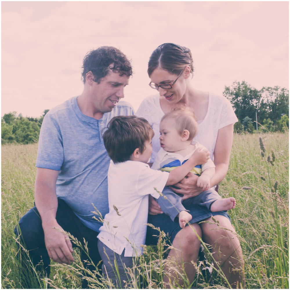 Family Photography in Field