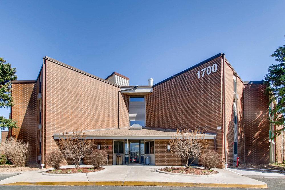 1700 Four Oaks Road 143 Eagan-print-001-12-Exterior Front-2700x1800-300dpi.jpg