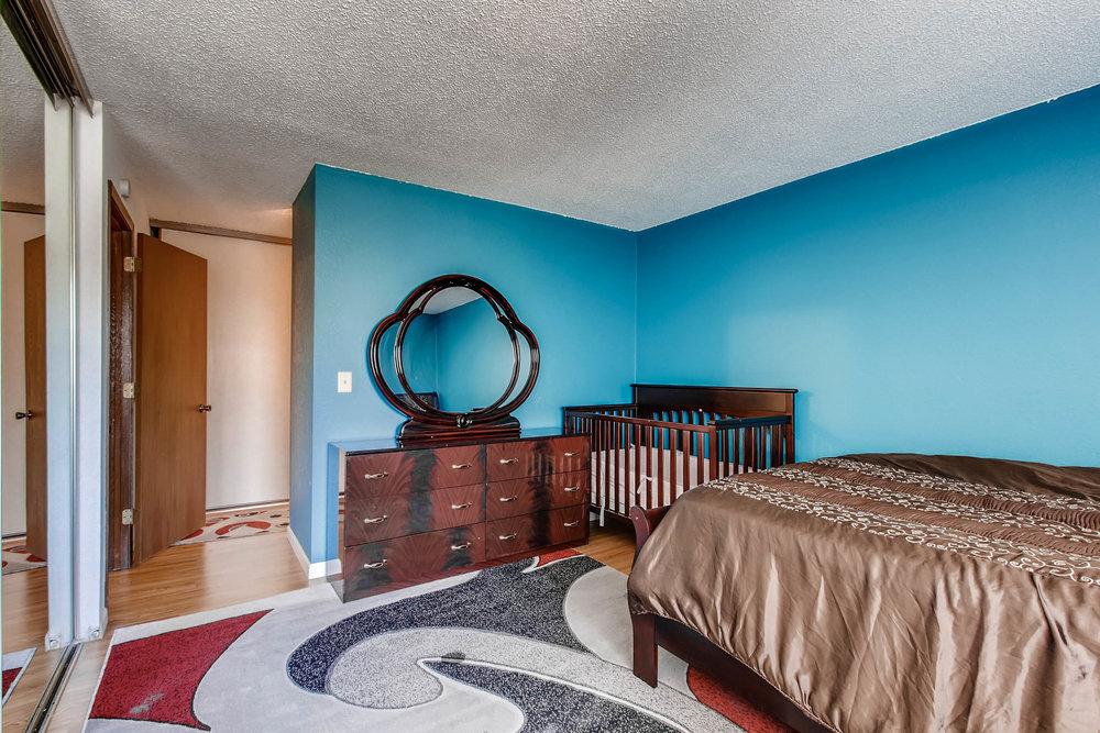 1700 Four Oaks Road 143 Eagan-print-015-26-Master Bedroom-2700x1800-300dpi.jpg