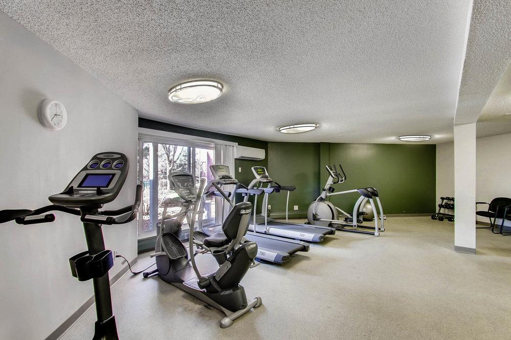 1700 Four Oaks Road 143 Eagan-print-022-18-Gym-2700x1800-300dpi.jpg