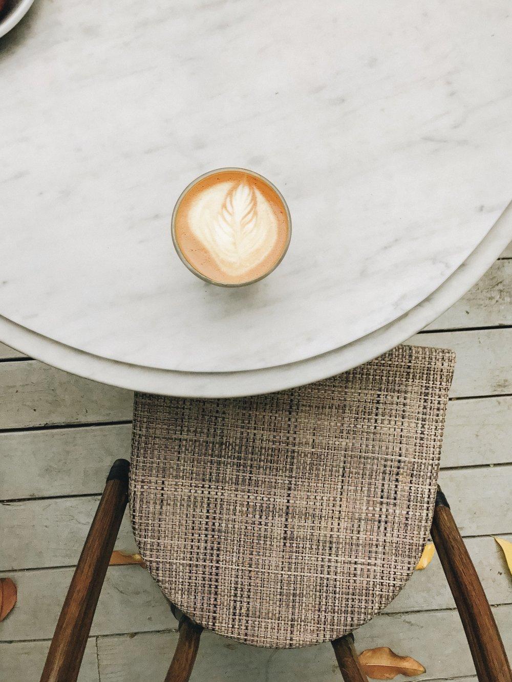 Best Coffee Shops in Dallas | Magnolias Sous Le Pont