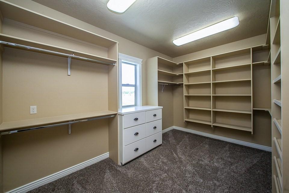 msater closet.jpg