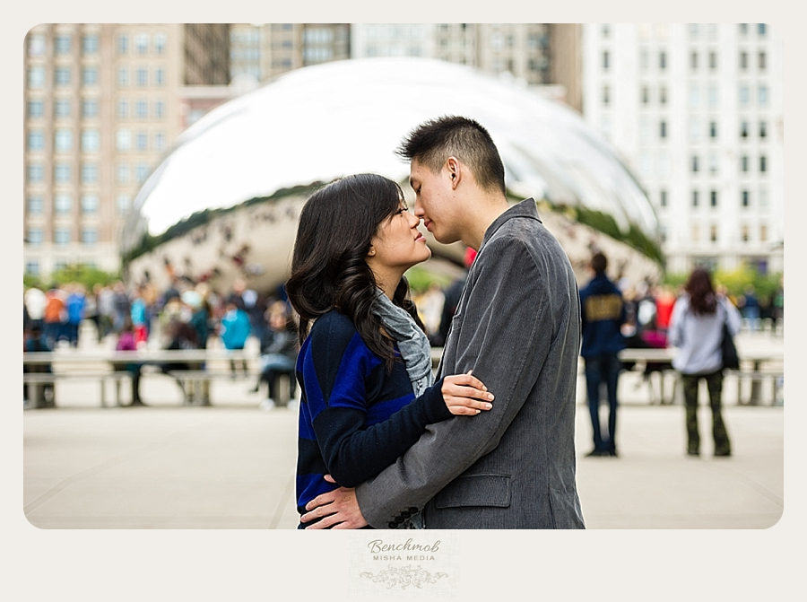 chicago-millenium-park-engagement-session-cw 001