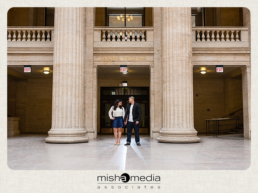 chicago_union_station_engagement_session_gr 01