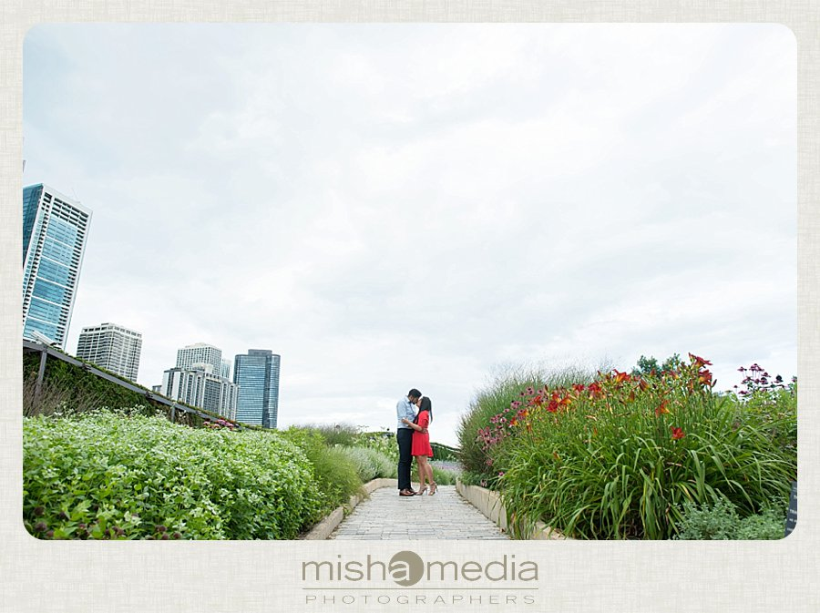 Millennium Park Engagement Session-km_0001