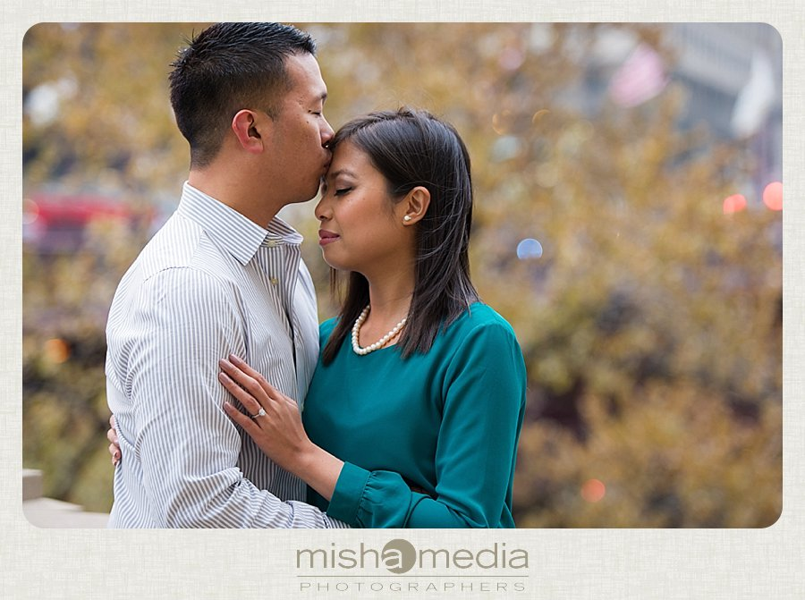 Engagement Session at Chicago Riverwalk_0005
