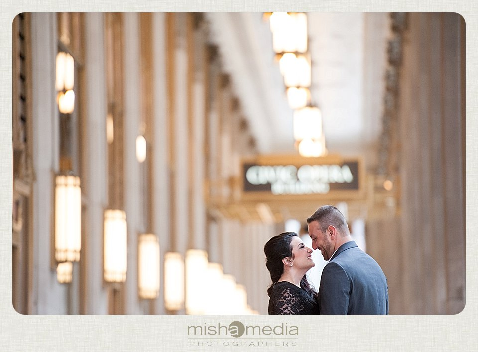 Engagement Session at the Lyric Opera House_0003